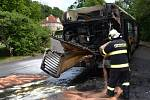 Požár zničil v Děčíně autobus