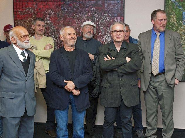 Muzeum zve na novou výstavu skla a obrazů.