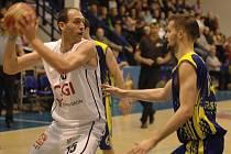 PARÁDA! Basketbalisté Děčína vyhráli v Opavě 67:63.
