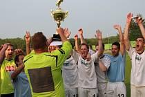 PARÁDA! Fotbalisté Vilémova porazili Litvínov 3:2 a potřetí vyhráli Severočeský pohár!