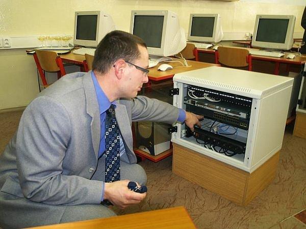 Kvalifikované odborníky v oblasti síťových a informačně-komunikačních technologiích bude pracovnímu trhu dávat i Varnsdorf