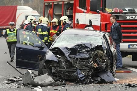 Dopravní nehoda na tahu do Ústí, jeden mrtvý