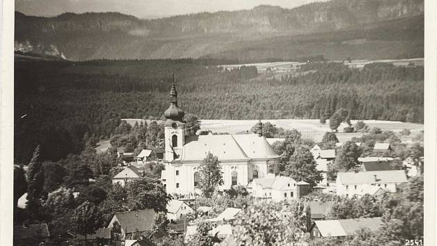 Obec Arnoltice