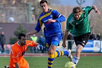 JÍZDA POKRAČUJE. Varnsdorf (v modrém) doma porazil 2:1 mostecký Baník.