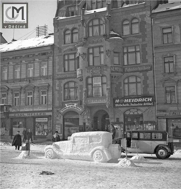 Se záplavami sněhu se Děčín potýkal i v minulosti.