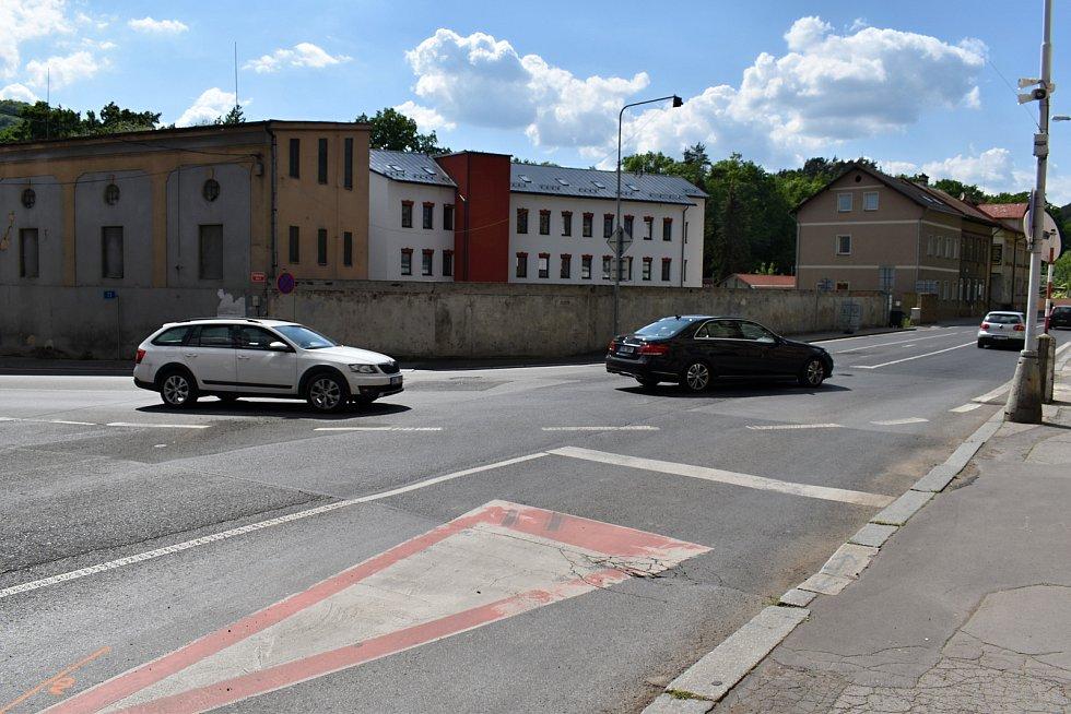 V Děčíně se chystá další část rekonstrukce kanalizace na Teplické ulici, v úterý se uskutečnila informační schůzka