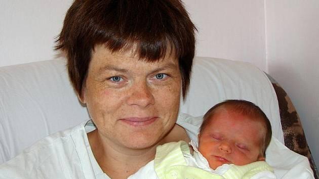 Pavlíně Linhartové z Varnsdorfu se 21.srpna ve 23.30 v rumburské porodnici narodila dcera Pavlína Poncerová. Měřila 50 cm a vážila 3,25 kg.