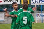 JASNÁ VÝHRA. Fotbalisté Vilémova (v zeleném) doma porazili Kadaň 4:0.