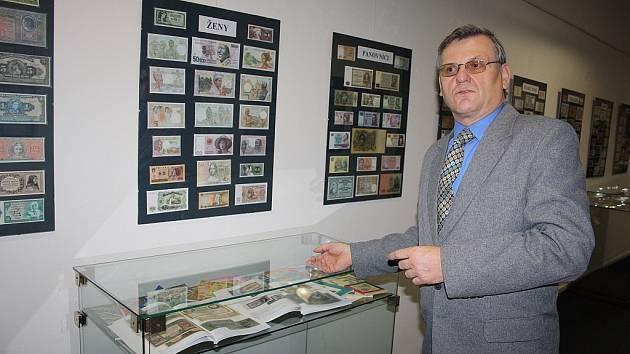 Unikátní výstava: V děčínském muzeu uvidíte 800 bankovek.