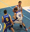 ŠKODA. Děčínští basketbalisté ztratili proti Teplicím dobře rozehraný zápas.