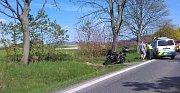 Nehoda motorkáře u Huntířova na Děčínsku