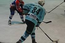 PARÁDNÍ OBRAT předvedli děčínští hokejisté v utkání proti Milevsku, vyhráli 4:3.