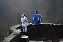 Turisté vyrazili o víkendu na Děčínsku do přírody