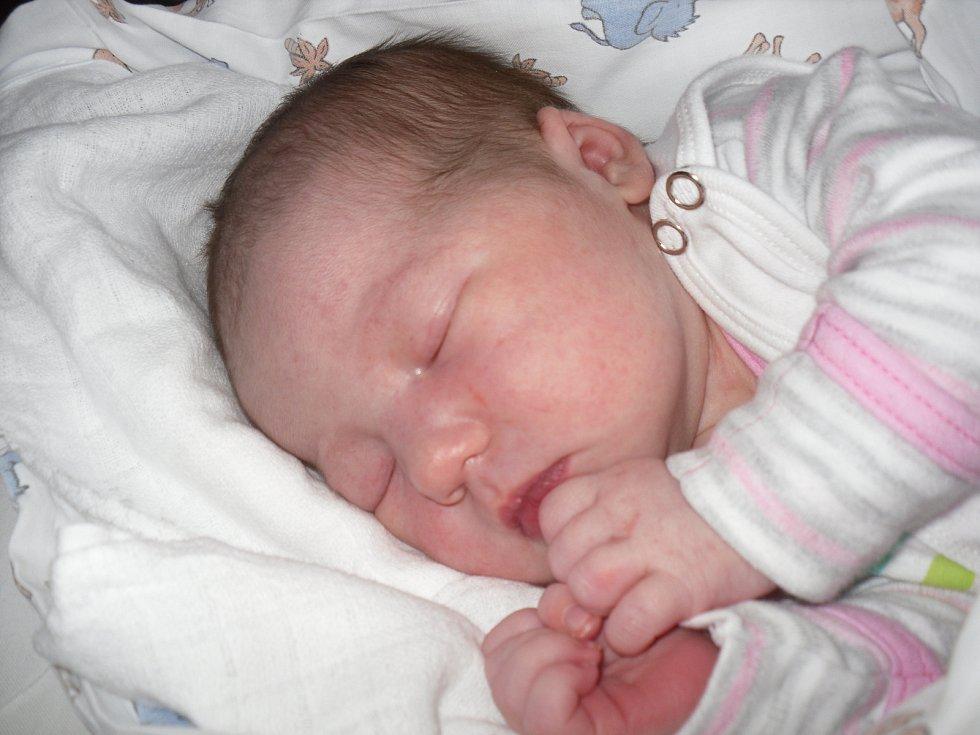 Mamince Tereze Mackové a tatínkovi Jaromíru Vackovi  z Děčína se ve středu  16. října v 15:41 hodin narodila dcera Kristýna Vacková. Vážila 3,68 kg a měřila 53 cm.