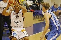 Děčínští basketbalisté si doma poradili i s Opavou.