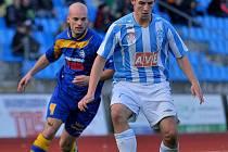 FK VARNSDORF (v modrém) doma remizoval 2:2 s čáslavským Zenitem.