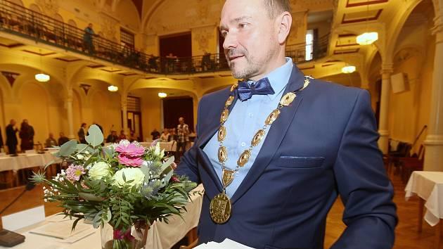 Ustavující zastupitelstvo v Děčíně.