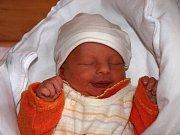 Petr Červeň se narodil Ludmile Červeňové z Velkého Šenova 2. října v 11.35 v rumburské porodnici. Měřil 48 cm a vážil 2,6 kg.