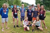 Žáci Máchovky na Olympiádě škol v aquaparku.