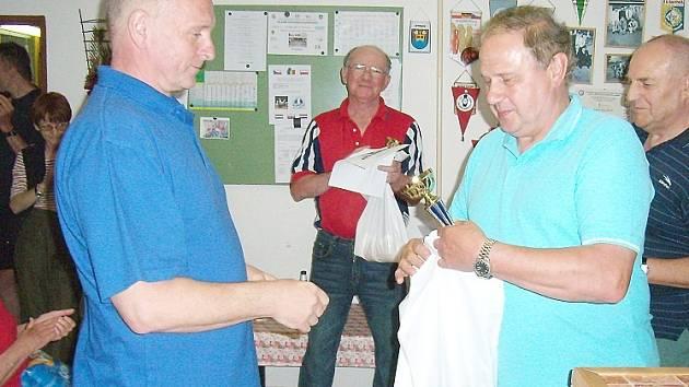 Petr Kumstát (vlevo).