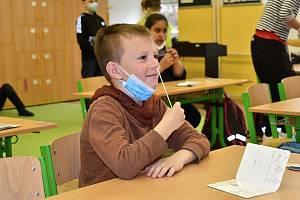 Testování ve školách. Ilustrační foto.