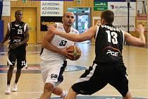 BRAVO! Děčínští basketbalisté doma smetli Turow Zgorzelec 85:60.