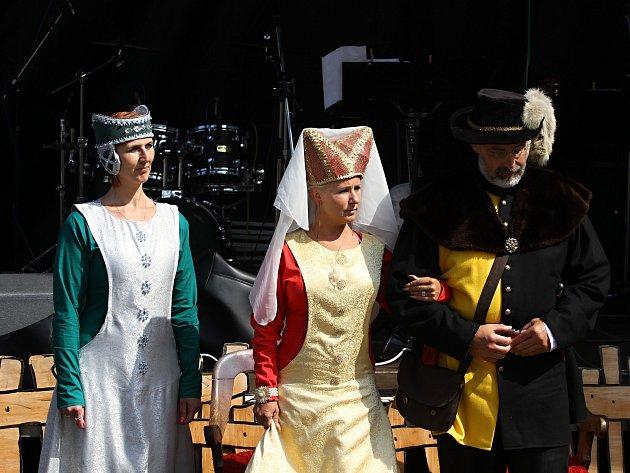 Jiřetín pod Jedlovou ožil tradičními slavnostmi.
