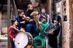 Kapela Cirkus Problem vystoupí na festivalu Výběžek free L!VE v sobotu 19. 10. v Lidové zahradě Varnsdorf.