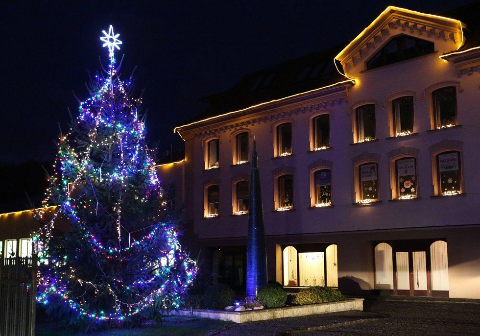 Děčín se vyladil do vánočního.