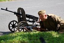 Anenský vrch patřil pouti i  vojákům