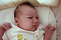 Milušce Hlávkové ze Šluknova se 10. května v 9.00 v rumburské porodnici narodila dcera Barborka Hlávková. Měřila 52 cm a vážila 3,3 kg.