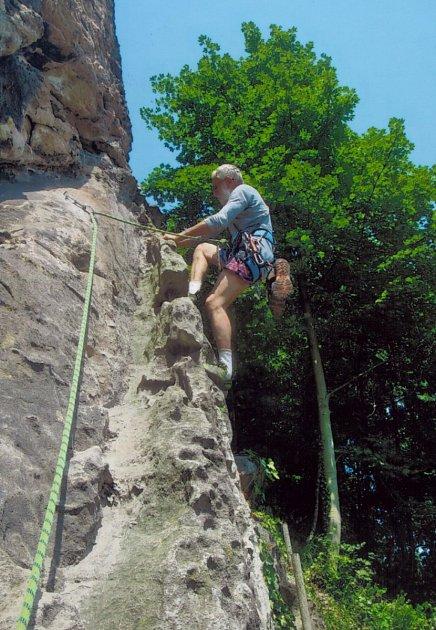 Zkušený horolezec Karel Bělina.