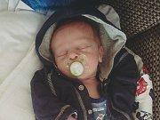 Filípek Peřinka se narodil 9.8. v děčínské porodnici Kláře a Pepovi Peřinkovým z Jílového. Vážil 3,2 kg a měřil 50 cm.