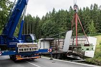 Nehoda kamionu u Jiřetína po Jedlovou.