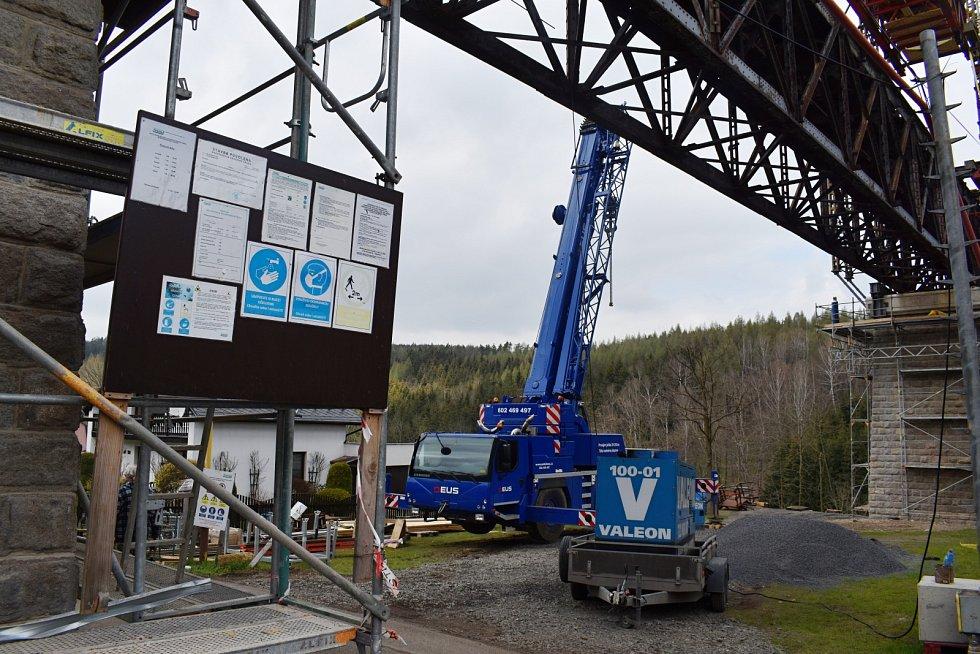 Ve Vilémově se rozbíhá výměna viaduktu