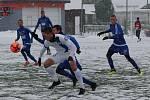 PŘÍPRAVA. Varnsdorf (v modrém) doma porazil Liberec U 21 5:2.