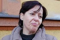 Martina Polcarová, Děčín: Protože šetříme lesy, používáme umělý stromek. Také jejich ceny jsou vysoké. Živý stromek si vždycky nazdobíme na zahradě u domu.