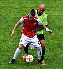 POHODA. Šluknov (v červeném) doma porazil Svádov jasně 4:0.