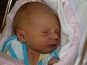 Monice Tremlové z Varnsdorfu se 29. listopadu v 19.05 v rumburské porodnici narodil syn Erik Kotulič. Měřil 49 cm a vážil 3,2 kg.