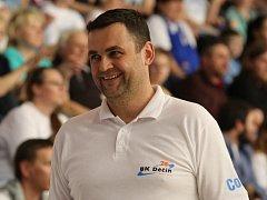 PAVEL BUDÍNSKÝ, trenér Děčína, dovedl svůj tým už do semifinále proti Prostějovu.
