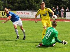 GENERÁLKA. Varnsdorf (ve žlutém) porazil soupeře z Německa 4:0.