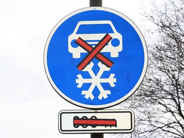 Značky pro povinnou zimní výbavu neplatí.