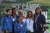 DRUHÉ MÍSTO z maratónského MS si domů přivezly Lenka Hrochová s Annou Kožíškovou.