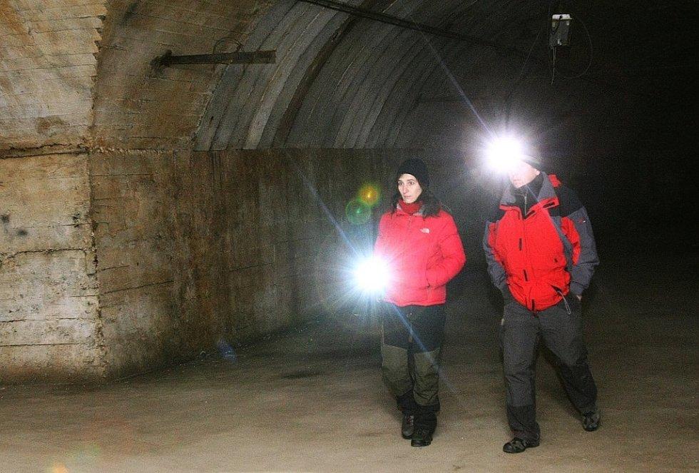 Nacistická bývalá podzemní továrna.