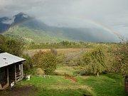Podzim je též období duh v oblasti severní Patagonie.
