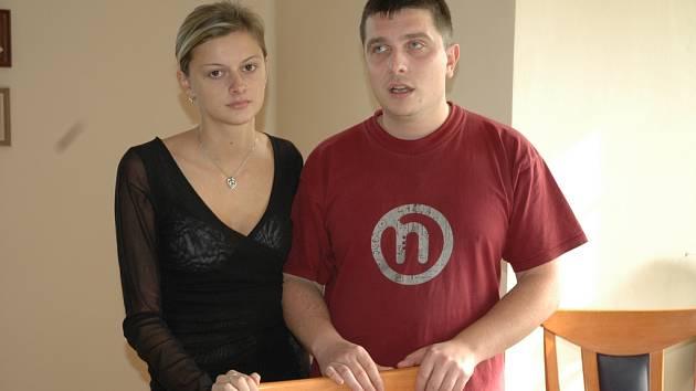 Klára Maratová - dcera zemřelé a Lukáš Podmanický - přítel zemřelé