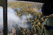 Lesní požár u Ostrova