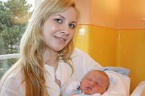 Martině Němcové z Děčína se 18. března v 1.15 narodil v děčínské nemocnici syn Pavel Tobiáš Němec. Měřil 51 cm a vážil 4 kg.