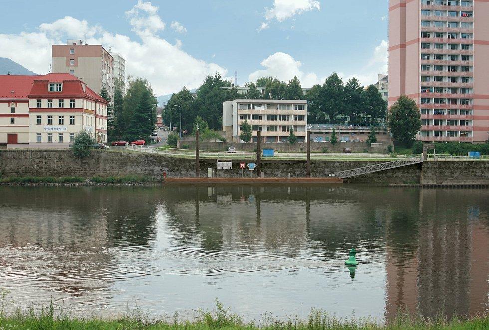 V Děčíně začala stavba přístaviště pro malá plavidla.