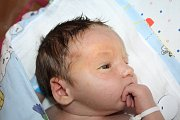 Kateřině Přeučilové z Jílového u Děčína se 21. června v 15.30 narodil v děčínské nemocnici syn Vendelín Chalachan. Měřil 52 cm a vážil 3,98 kg.